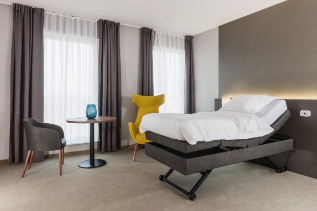 Haelvoet mobilier hospitalier maisons de repos cabinet for Chambre hopital design